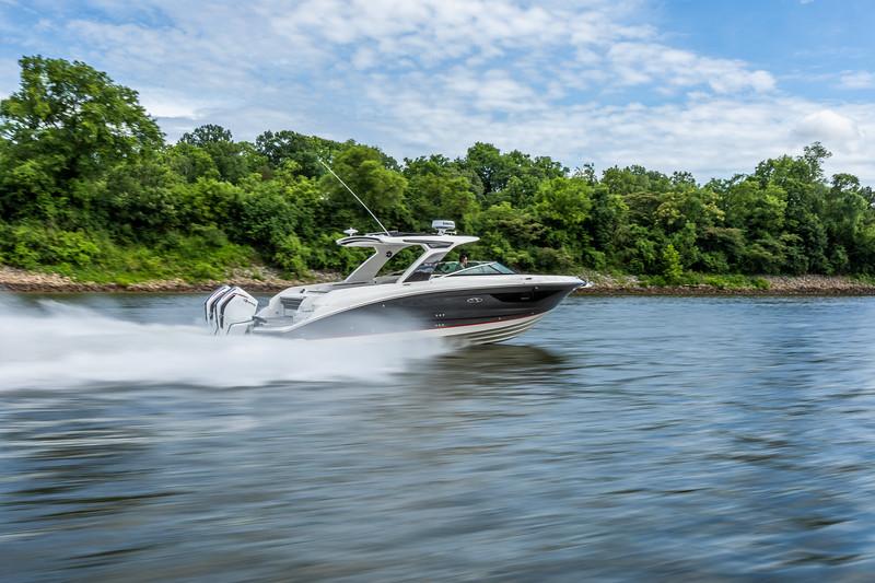 SLX-R-350-Outboard-starboard-rear-three-quarter-1.jpg