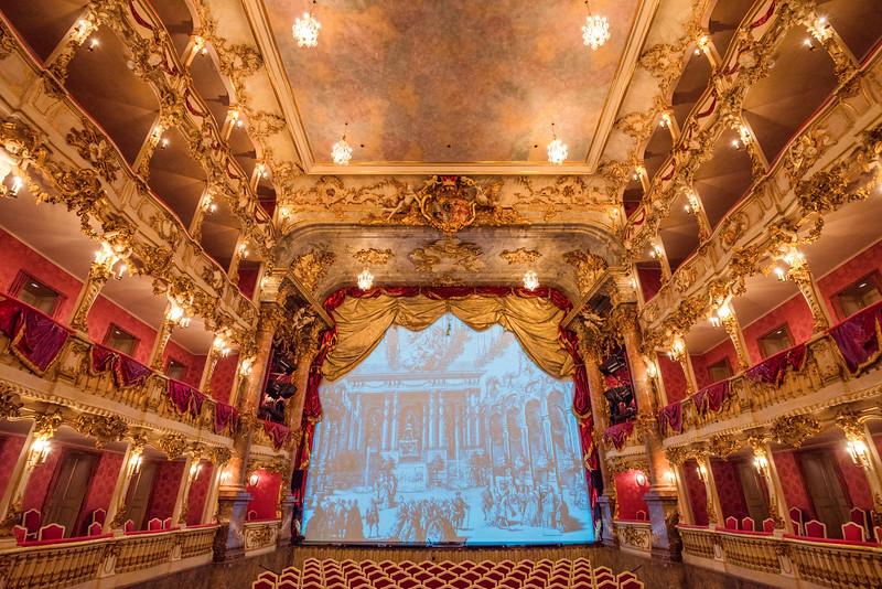 Cuvillier-Theatre-8.jpg