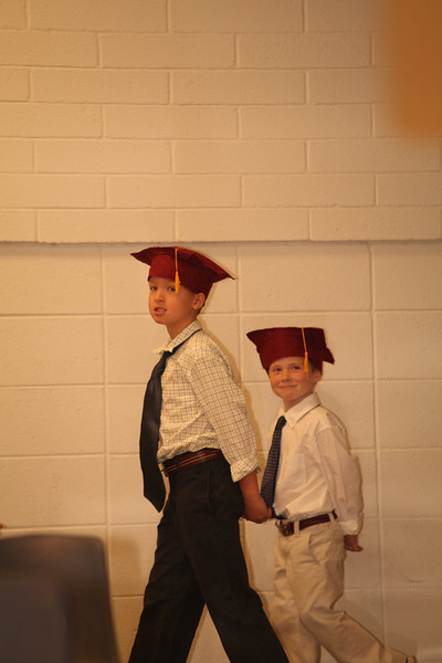 2012May18_MTA Kinder Grad_9660.JPG