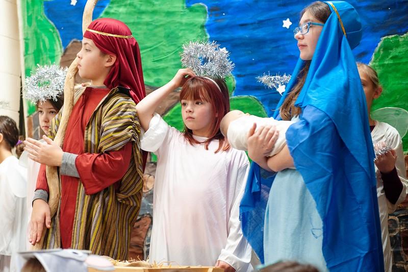 20191209 Faith Children Advent Family Gathering-8057.jpg