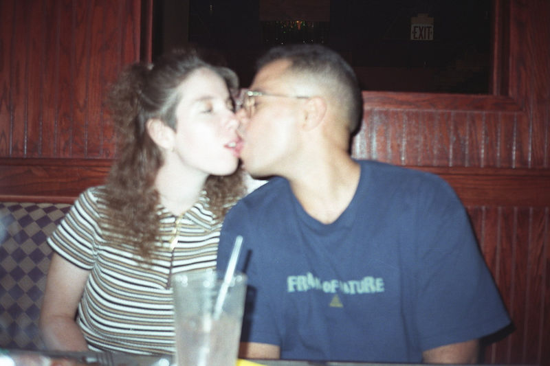 1997 04 27 - Melting Pot w_Michele and Lisa 09.jpg