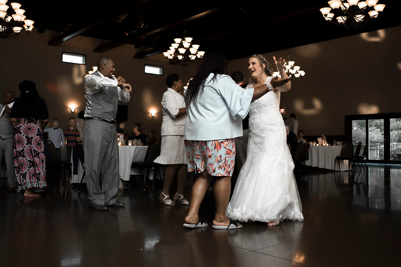 Laura & AJ Wedding (1190).jpg