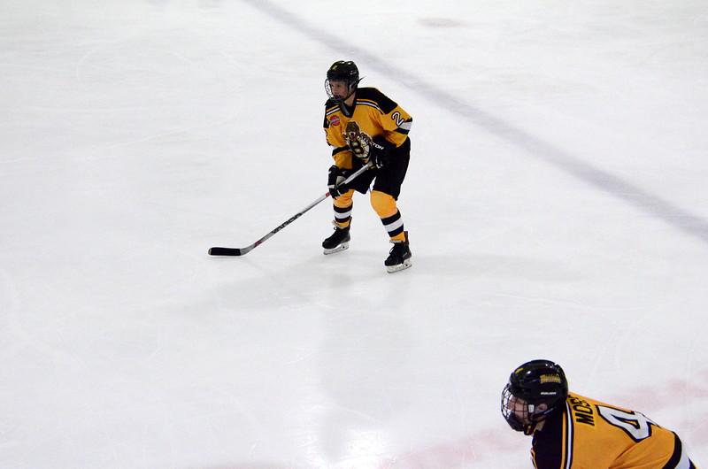 150907 Jr. Bruins vs. Whalers-018.JPG