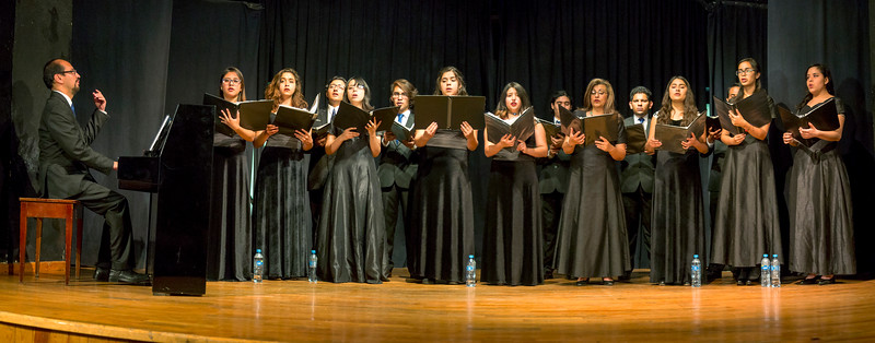 14 voice Univ. of Guanajuato ensemble singing Spanish music of the Renaissance and Baroque