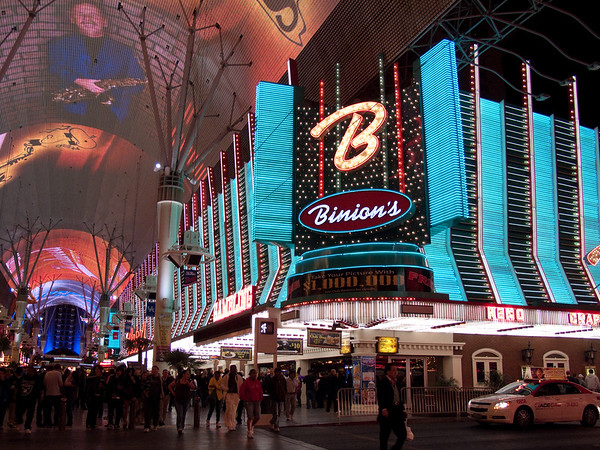 Las Vegas Birthdays, March 2010