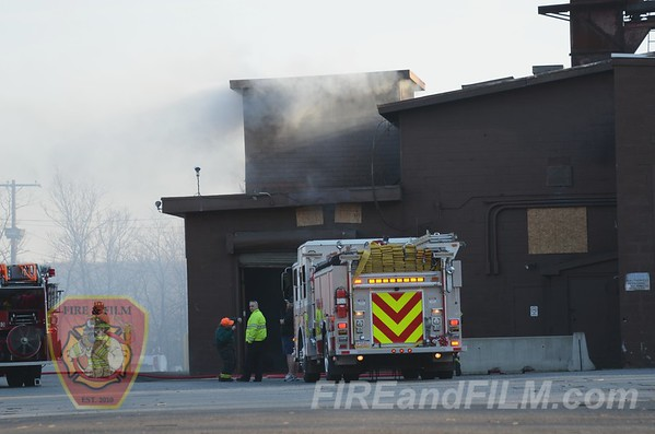 Schuylkill County - St. Clair Borough - Commercial Fire - 11/26/2012