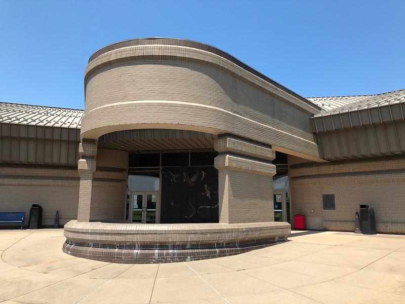 Cahokia Interpretive Center.jpg