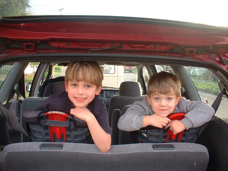 Sam&MilesFeb2004.JPG