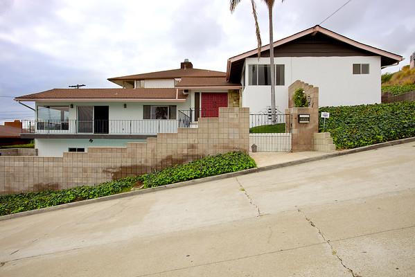 4930 Randall Street, San Diego, CA 92109