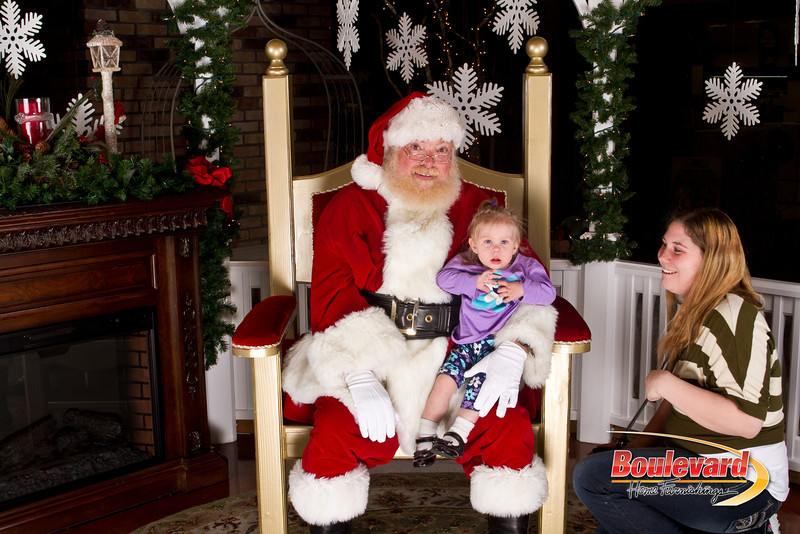 Santa Dec 15-15.jpg