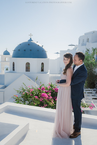 Santorini-post-wedding-photo-shoot-honeymoon-sessio-couples-session-.jpg
