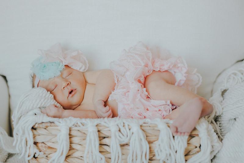 Carter_Newborn-0056.jpg
