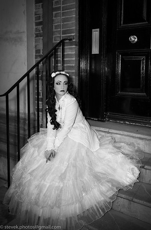 Lady Amaranth in White