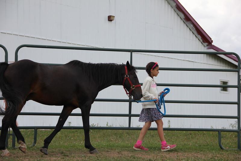 kars4kids_thezone_camp_girlsDivsion_activities_HorseBackRiding (16).JPG