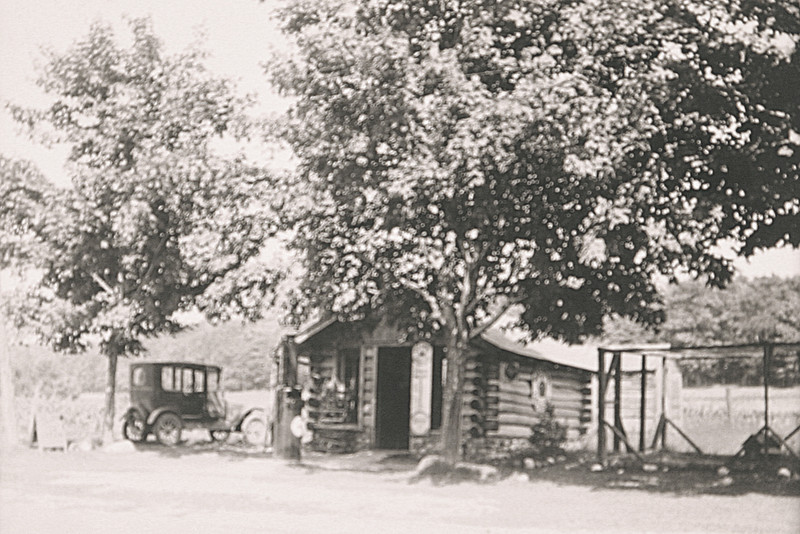 Our log Cabin on Campau Road.JPG