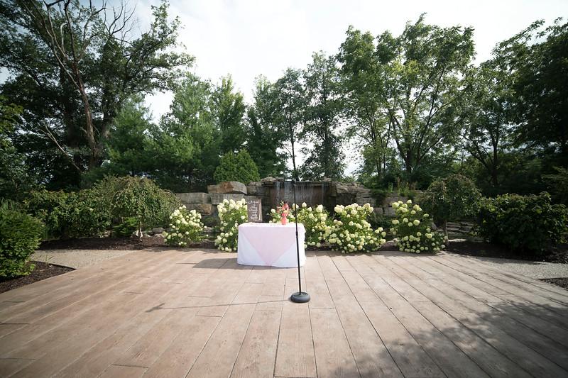 Laura & AJ Wedding (0656).jpg