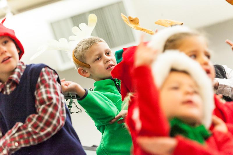 Christmas Kindergarten-46.jpg