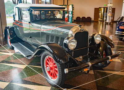 Auburn Model 8-77