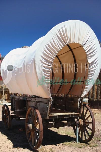 Covered Wagon_batch_batch.jpg