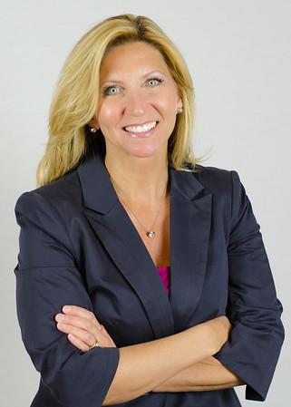 Lynn Cobb