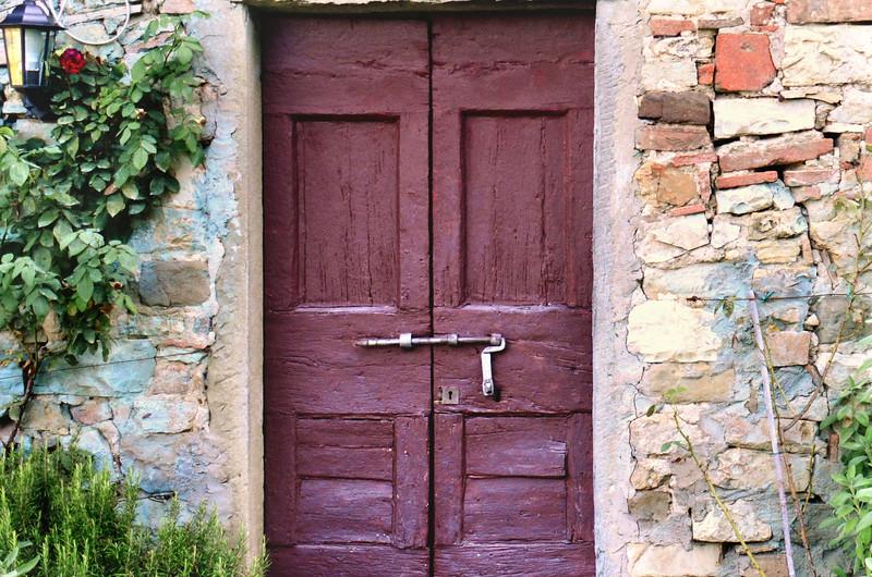 italy castle trebbio side door shed cu .jpg