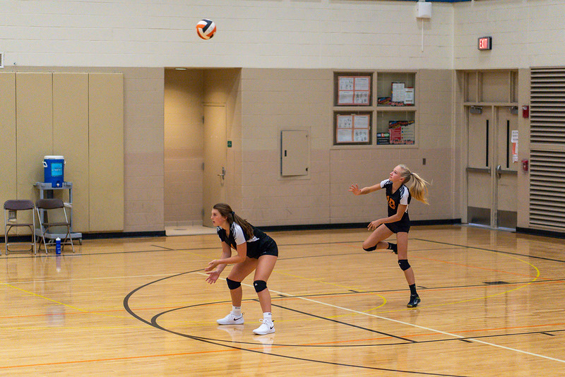 NRMS vs ERMS 8th Grade Volleyball 9.18.19-4941.jpg