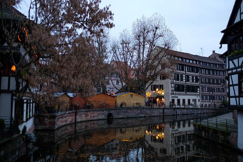 Strasbourg_ChristmasMarket-161125-29.jpg