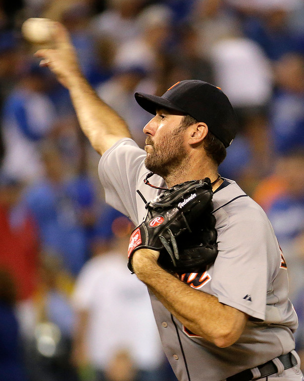 . Detroit Tigers starting pitcher Justin Verlander throws during the seventh inning of a baseball game against the Kansas City Royals on Friday, Sept. 19, 2014, in Kansas City, Mo. (AP Photo/Charlie Riedel)