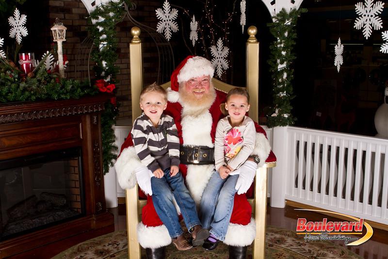 Santa Dec 15-206.jpg