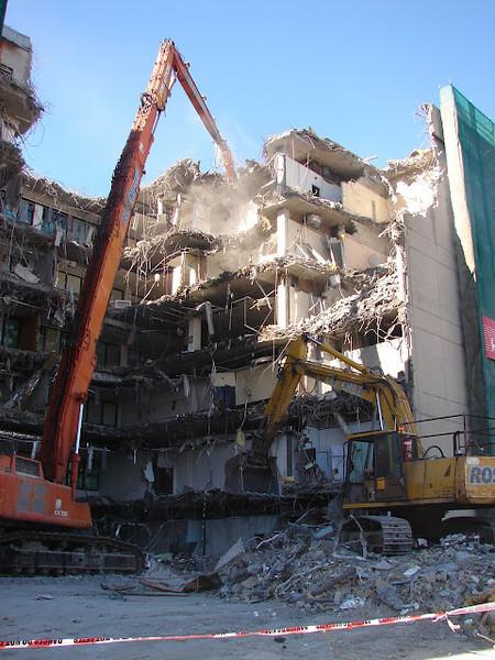 Southbank Tafe High reach Demolition