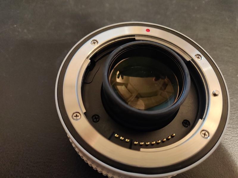 Canon EF 1.4x II Extender - Serial UW1002 003.jpg