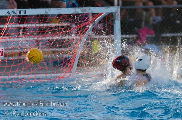 Waterpolo 2013-09-24 GW vs MW - Elaine Senior Project