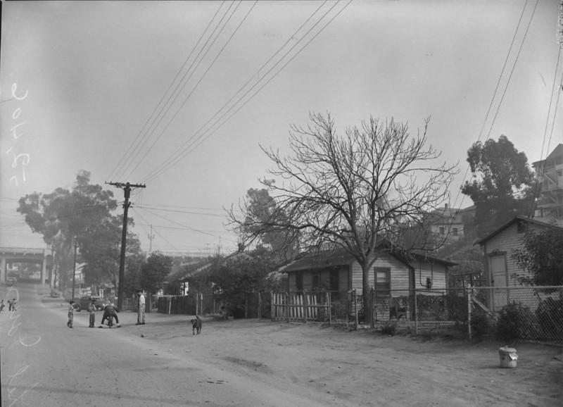 1950, Street Scene
