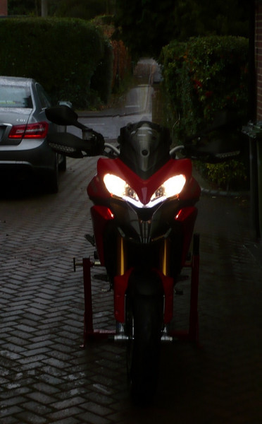 Ducati Multistrada 1200 HID headlights conversion / HID lighting kit installation by StevePL  Article here (to come)