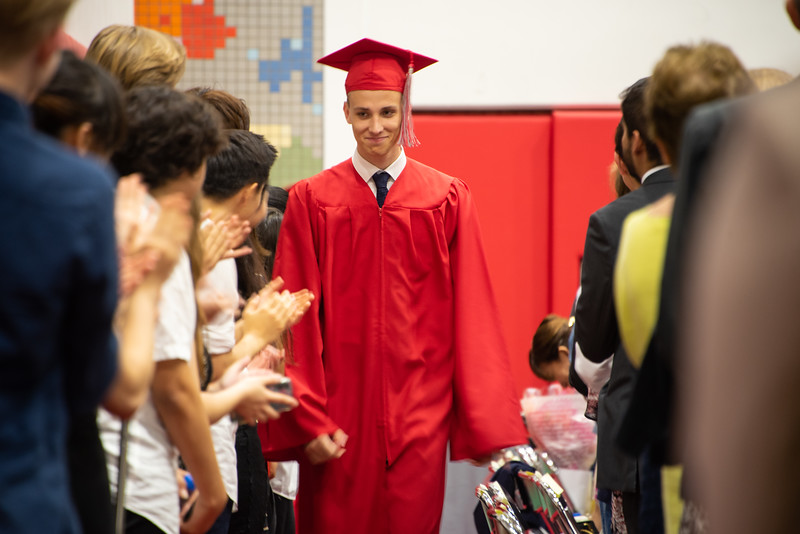 Senior -Graduation-YIS_2961-2018-19.jpg