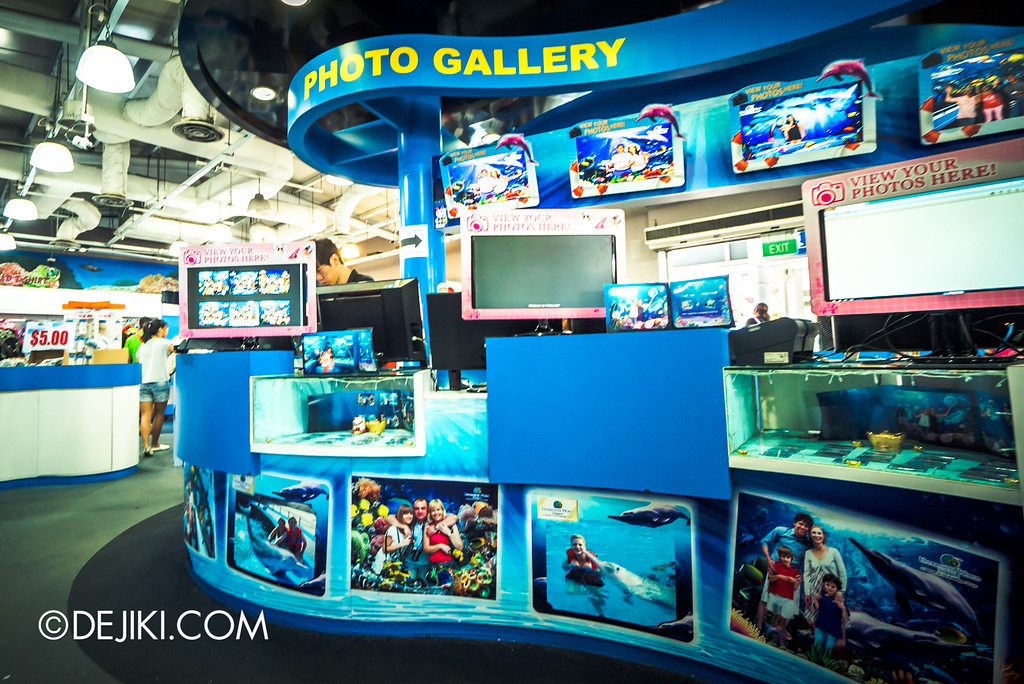 Underwater World Singapore - Souvenir House photo gallery