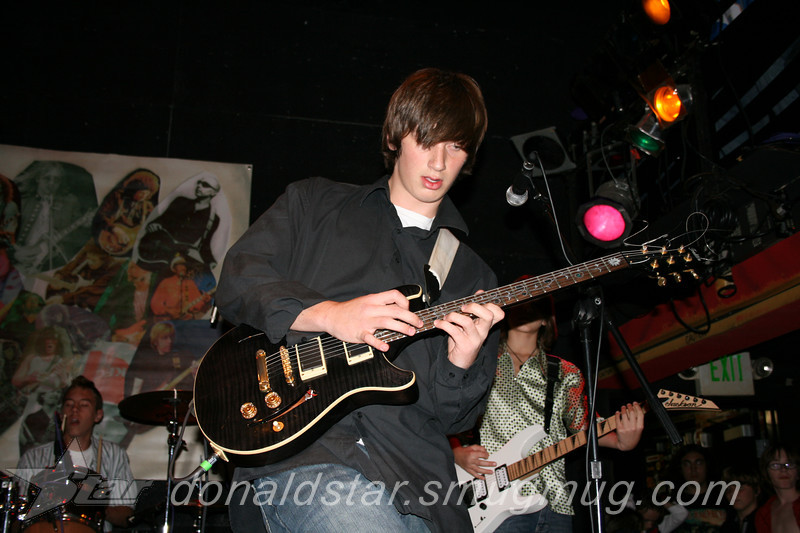 Paden Mullins Guitar at the 8 by 10 baltimore 2007 058.JPG