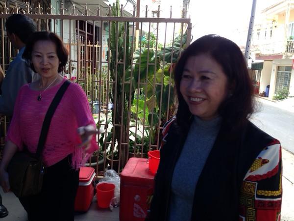 Khúc Thị Xuân Dung, Lê Thị Hường