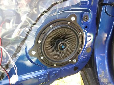 2012 Nissan Versa Hatchback 1.8 S Front Speaker Installation - Canada