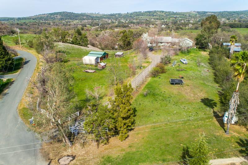 3165 Meadow Creek Ln-2.jpg