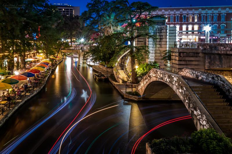 River boat light trails.jpg