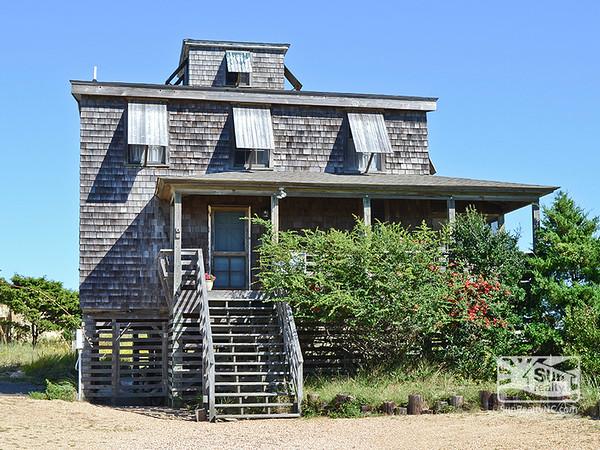 Crows Nest HOB-14 Exterior