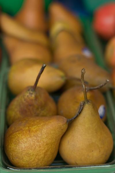 pears_2521301814_o.jpg