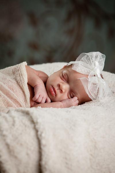 Baby Ashlynn-9585.jpg