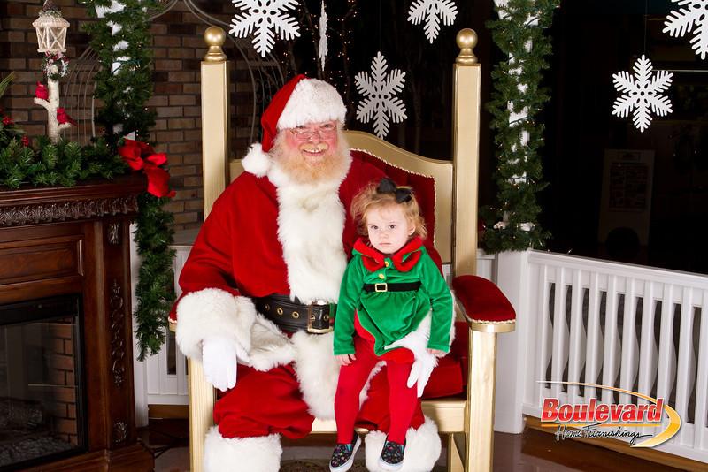 Santa Dec 8-318.jpg
