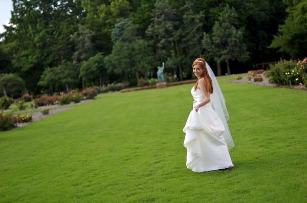 Denae's Bridals