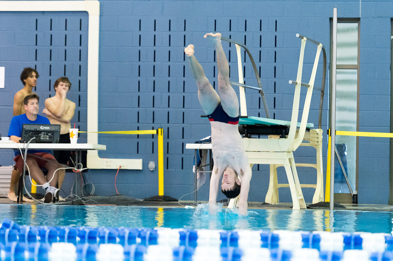 KSMetz_2016Nov30_0215_SHS Swimming_Meet 1.jpg