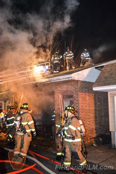 Schuylkill County - Shenandoah Borough - Garage Fire - 12/12/2018