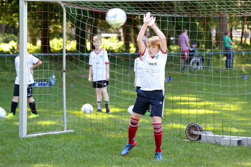 hsv_fussballschule-339_48048034947_o.jpg