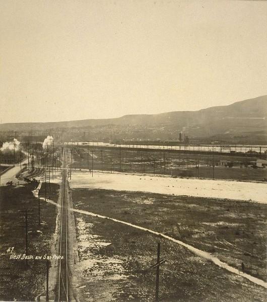 1926-LosAngelesHarbor-SanPedro7-WestBasin.jpg